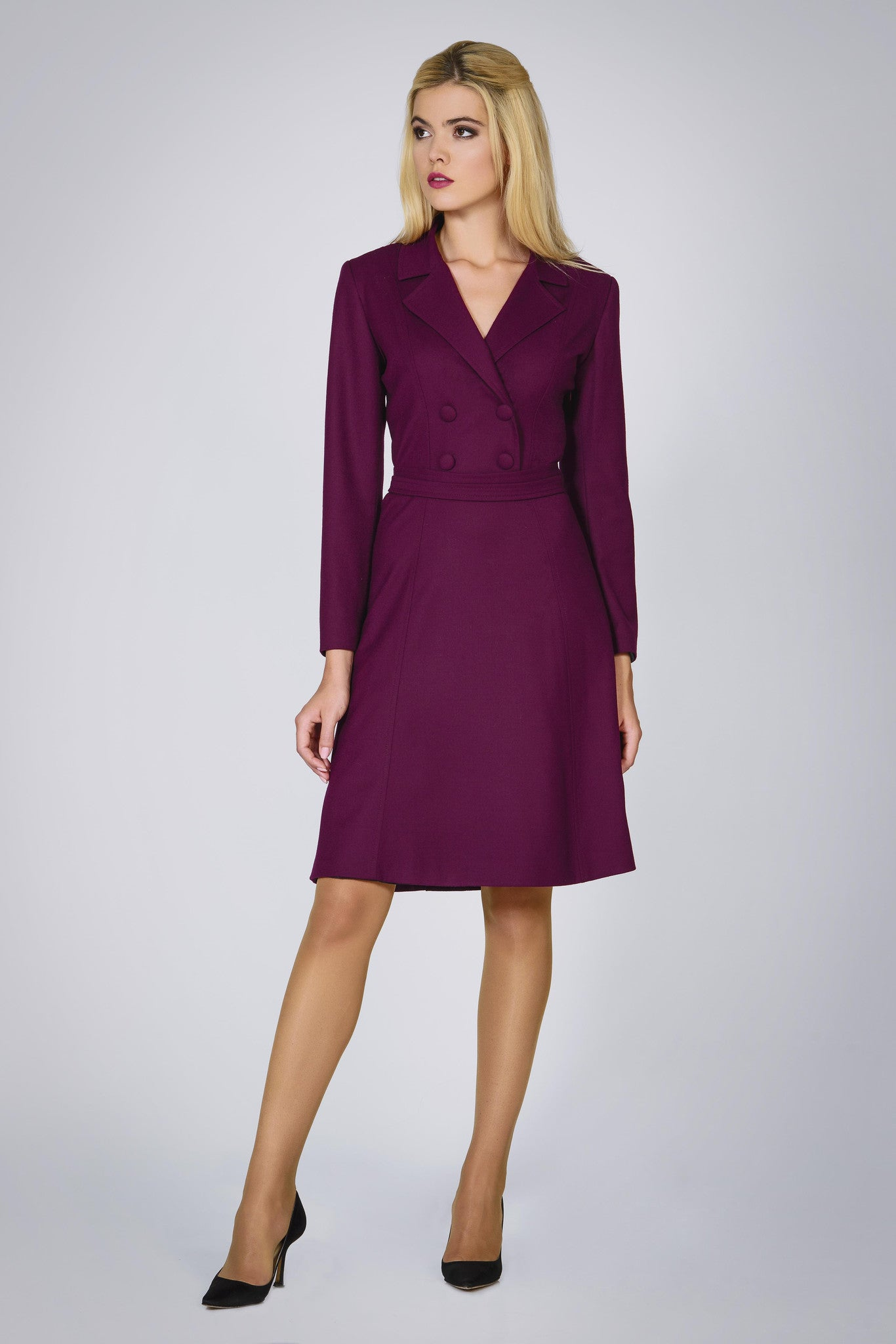 Virgin wool dress with pleated back