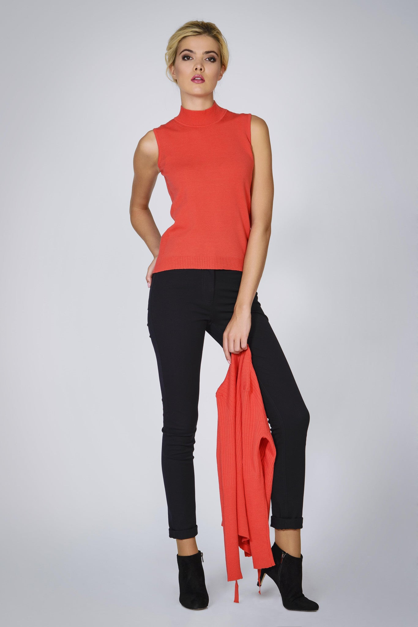 Coral wool cardigan and sleeveless top