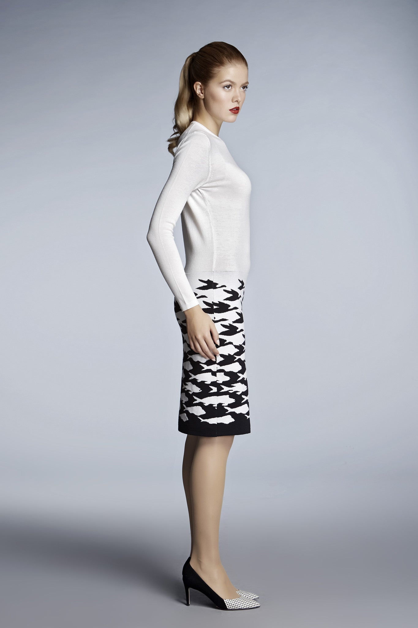 Ivory illusion-houndstooth knitted jacquard dress