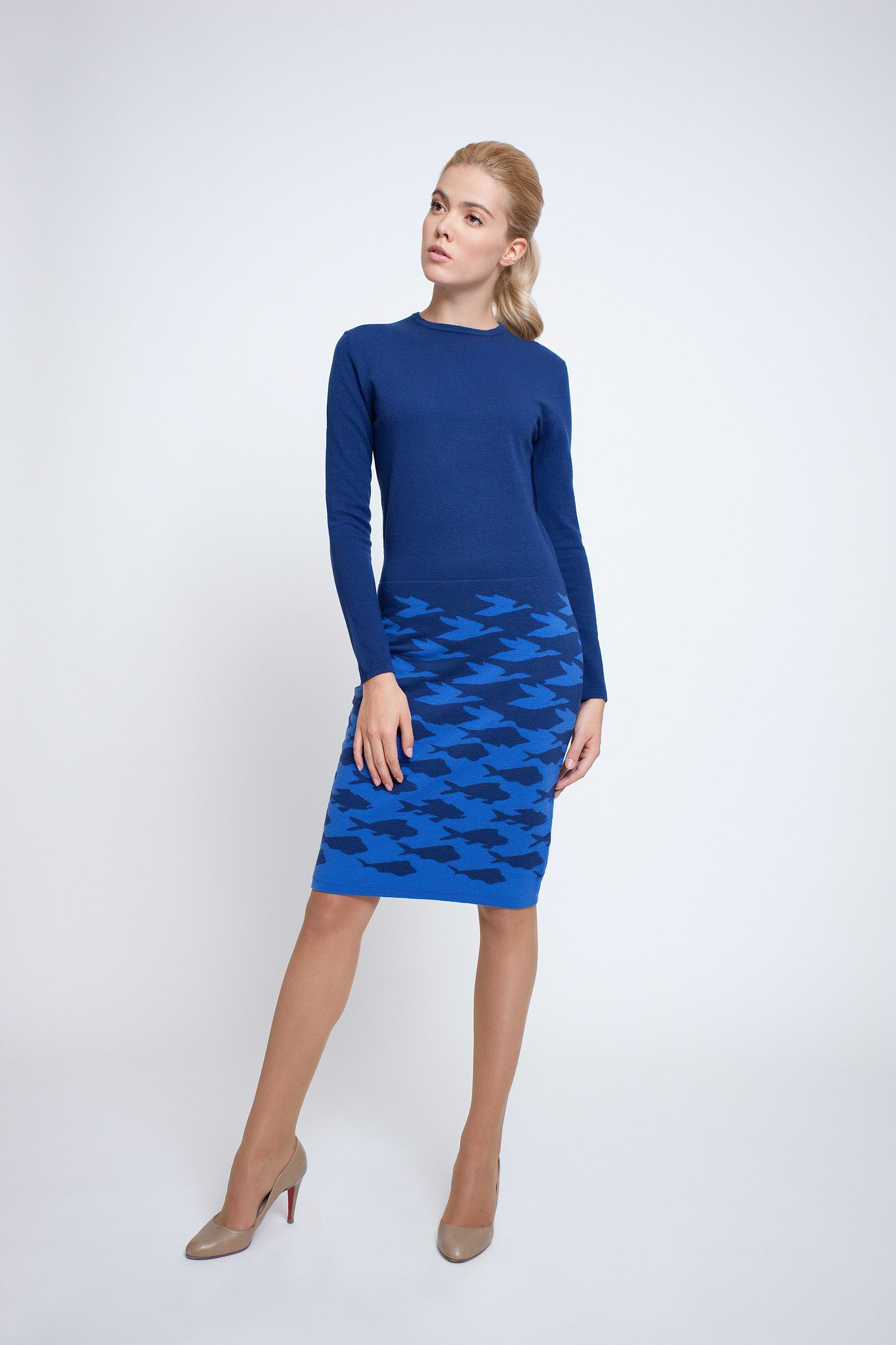 Two-tone blue jacquard knitted dress