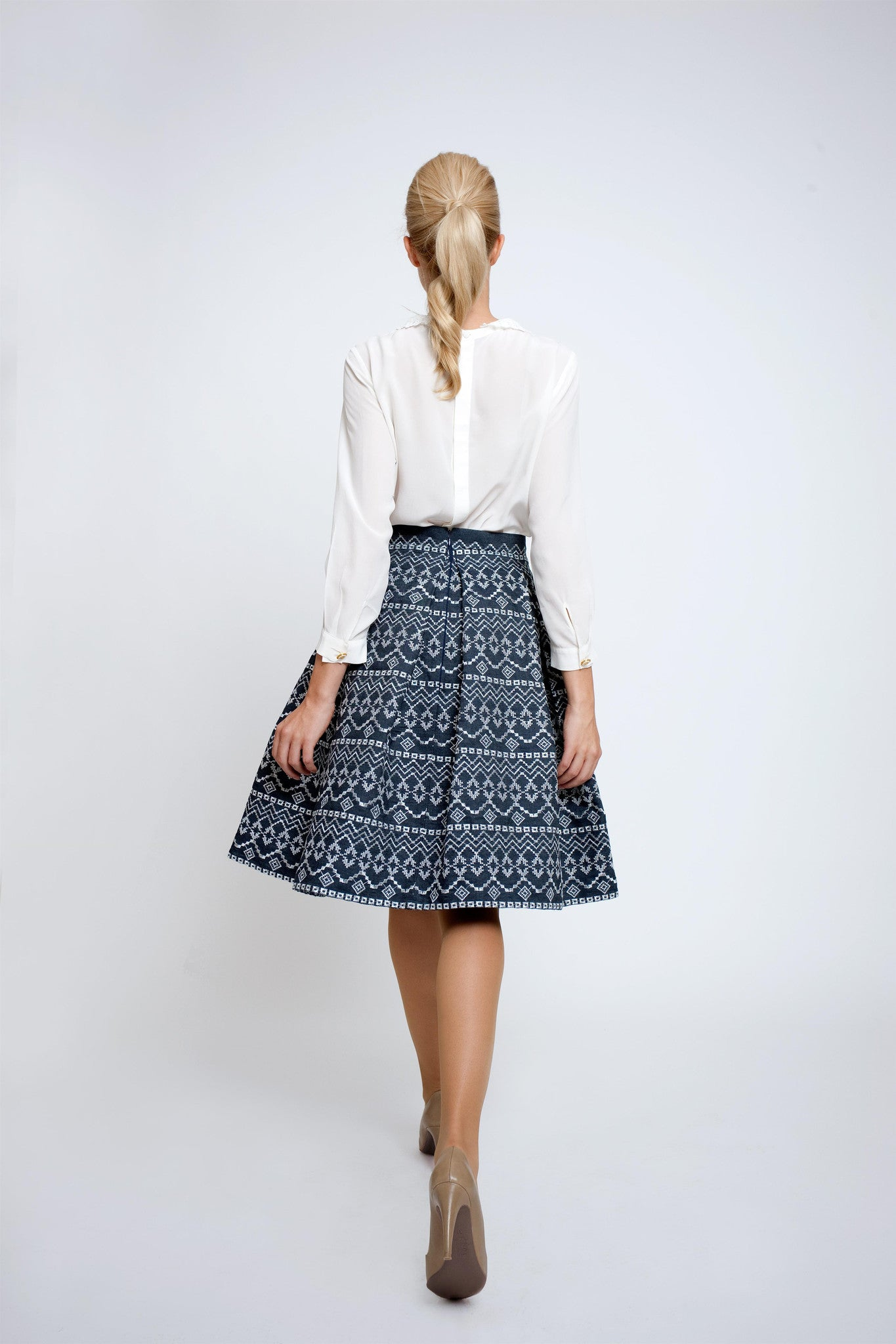 Embroidered flared skirt