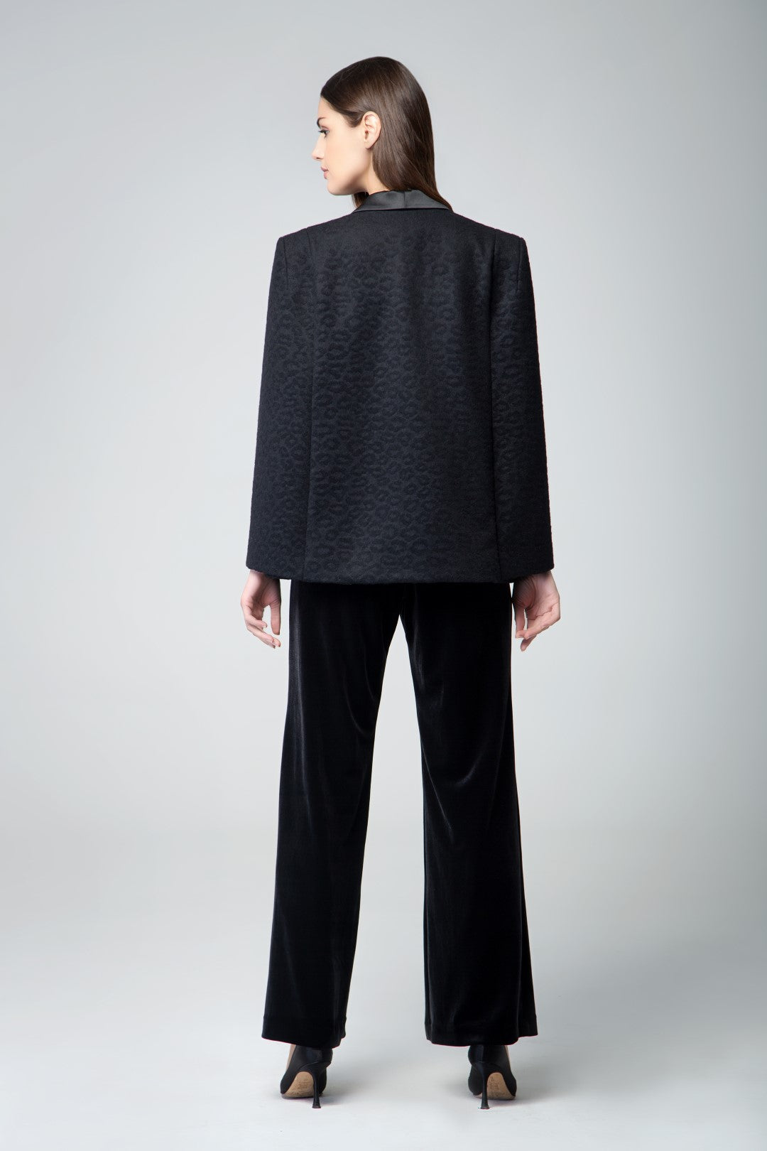 Wool tuxedo-style cape with animal jacquard pattern