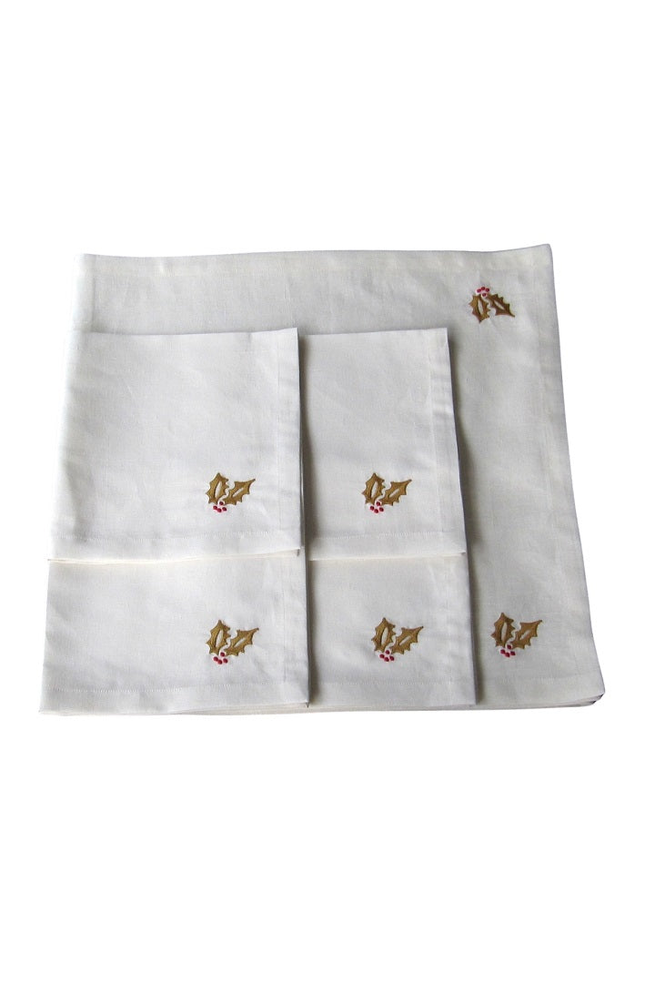 Set of 4 Embroidered Linen Napkins and Table Runner – Holly
