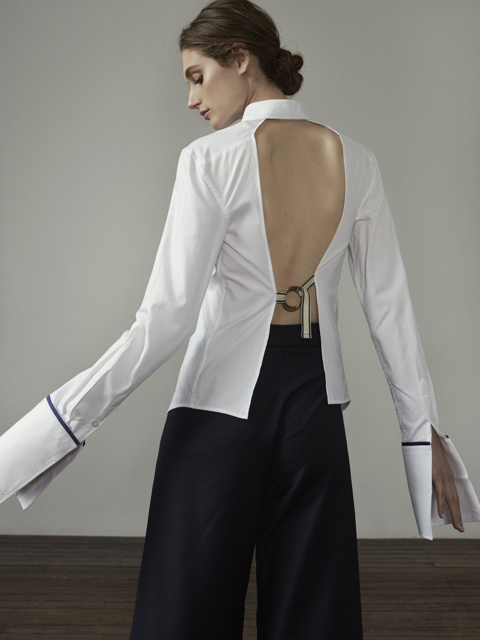 Forte Backless Shirt