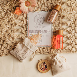 The Enchanted Garden Large Potion Kit is the perfect introduction to mindfulness from The Little Potion Co! They are for those seeking to start on their magical journey and help to promote imaginative play.