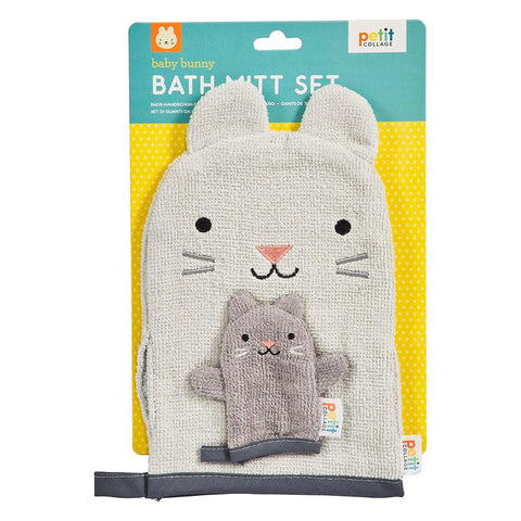Make bath time fun with this Baby Bath Mitt Set from Petit Collage! Your little one will enjoy rub-a-dub dubbing with these friendly bunnies in the tub!
