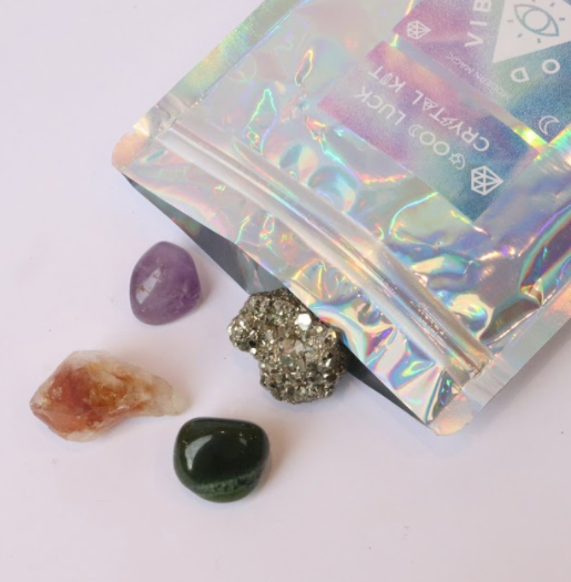 Need some Good Luck in your life? This Good Luck Crystal Kit By Good Vibes Gang will help!    Need some luck with money, friends, lovers or your career? This crystal kit will help you along your path.   Responsibly sourced crystals blessed with reiki and good vibes and hand packed in Melbourne, Australia.