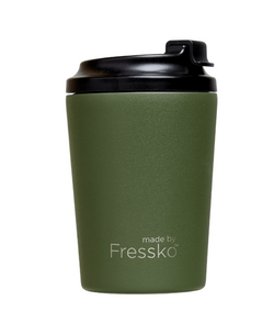 Enjoy your take away coffee, tea or hot chocolate with the Khaki Bino Cup from Fressko!