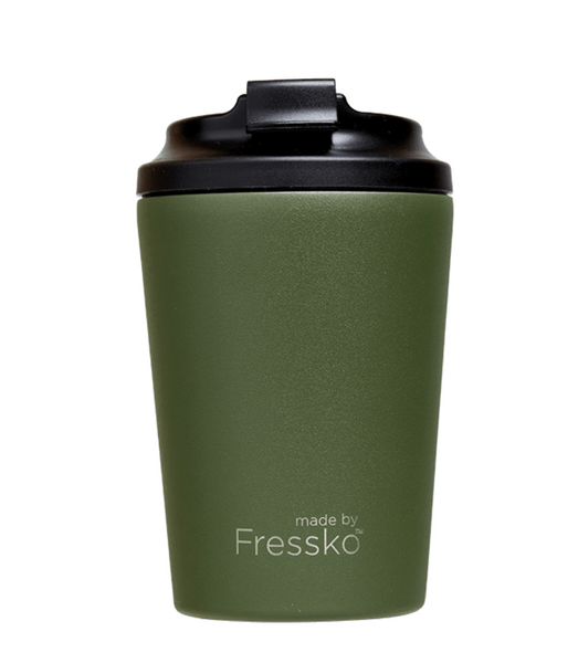 Enjoy your take away coffee, tea or hot chocolate with the Khaki Camino Cup from Fressko!
