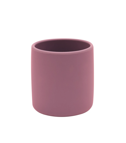 Keeping up with growing munchkins can be a challenge but the ergonomically designed silicone Grip Cup from We Might Be Tiny is the perfect companion to evolve with your little ones!