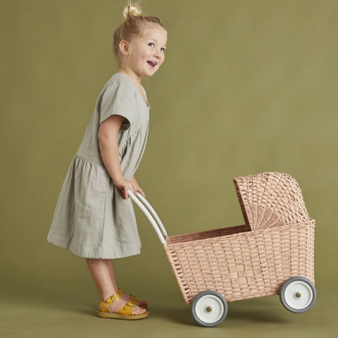 Looking for the perfect gift for that little one in your life - look no further than the Rose Strolley by Olli Ella.