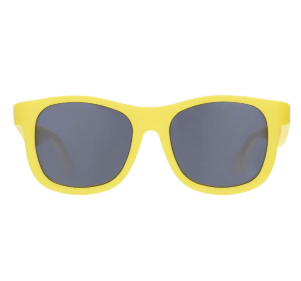We love these SuperCool Hello Yellow Navigator Sunglasses!  Your little one will look SuperCool while protecting their eyes.
