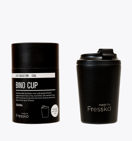 Enjoy your take away coffee, tea or hot chocolate with the coal bino cup made by Fressko.   This 8 oz reusable takeaway coffee cup is spill proof!