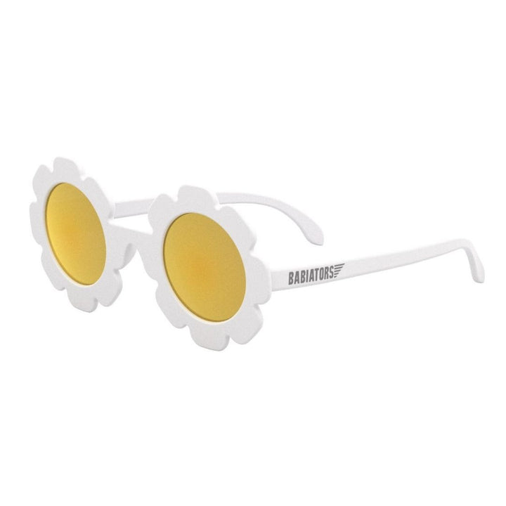 We love these White Daisy Polarised Sunglasses from Babiators! Your little one will look SuperCool while protecting their eyes.