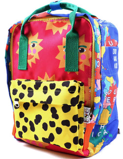 Introducing the new World Map Backpack by Sydney company Doo Wop Kids! Seriously, this is the coolest back pack we have evvvvveeerrrr seen!
