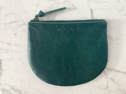Keep your handbag free of shrapnel with Ovae's handy leather Half Moon Coin Purse to store everything from lips, sanitiser, mask, keys, coins and more.