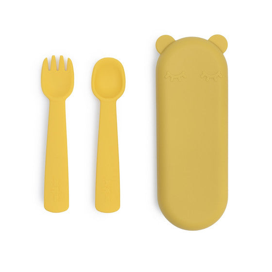 The We Might Be Tiny Feedie Fork & Spoon Set ticks all the boxes as baby's perfect first cutlery set!