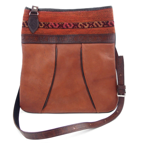 "Leather Shoulder Bag - ""Chasqui"""