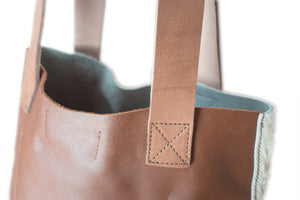 LITTLE LYGON BAG IN TAN & NATURAL COW HIDE