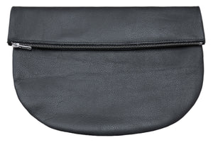 RAGS TO RICHMOND CLUTCH IN BLACK  *PRE-ORDER