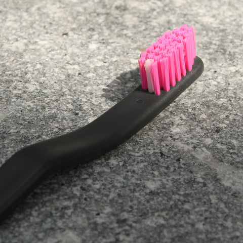 PINK RABBIT / Toothbrush - Yumaki