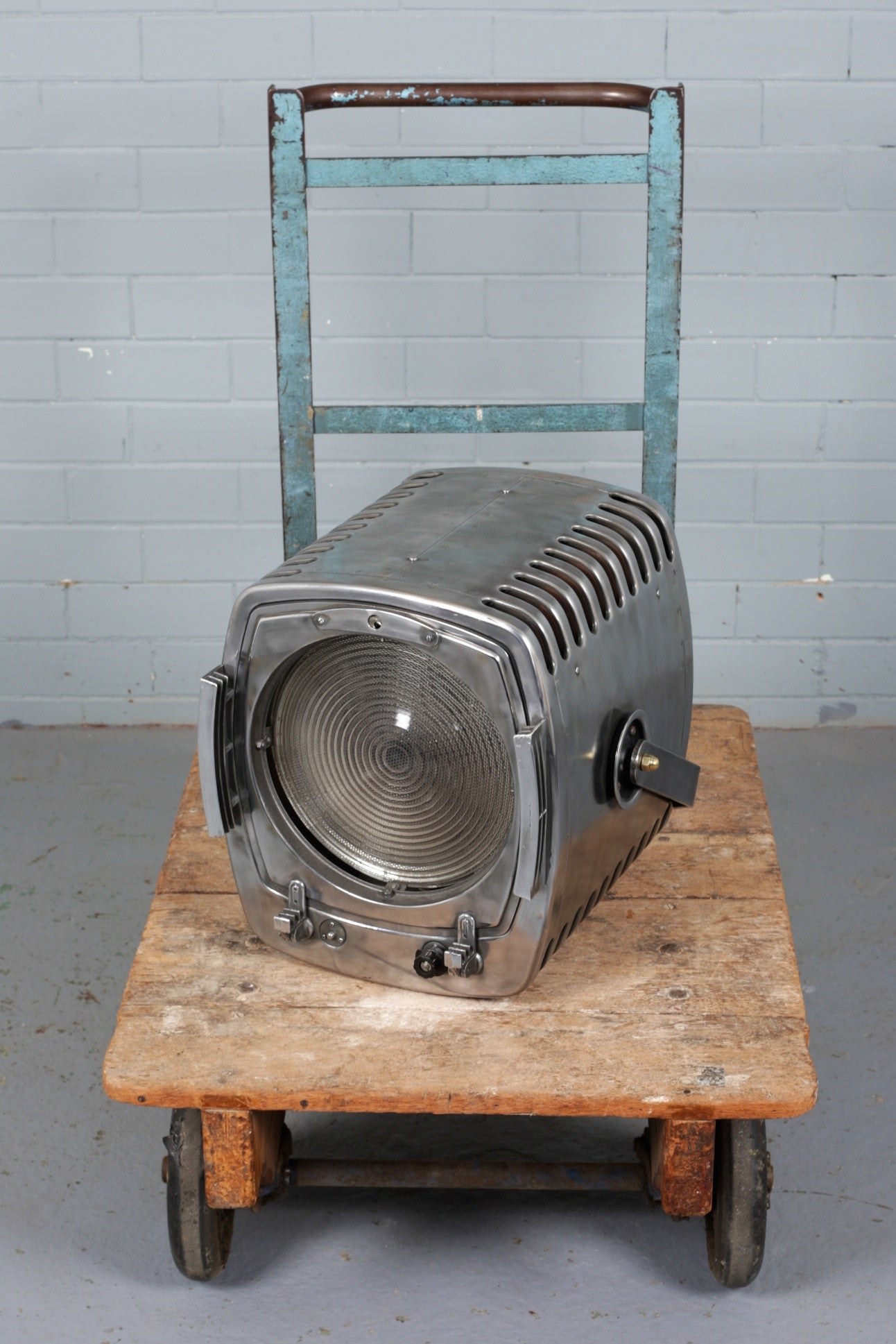 Large Theatre Light