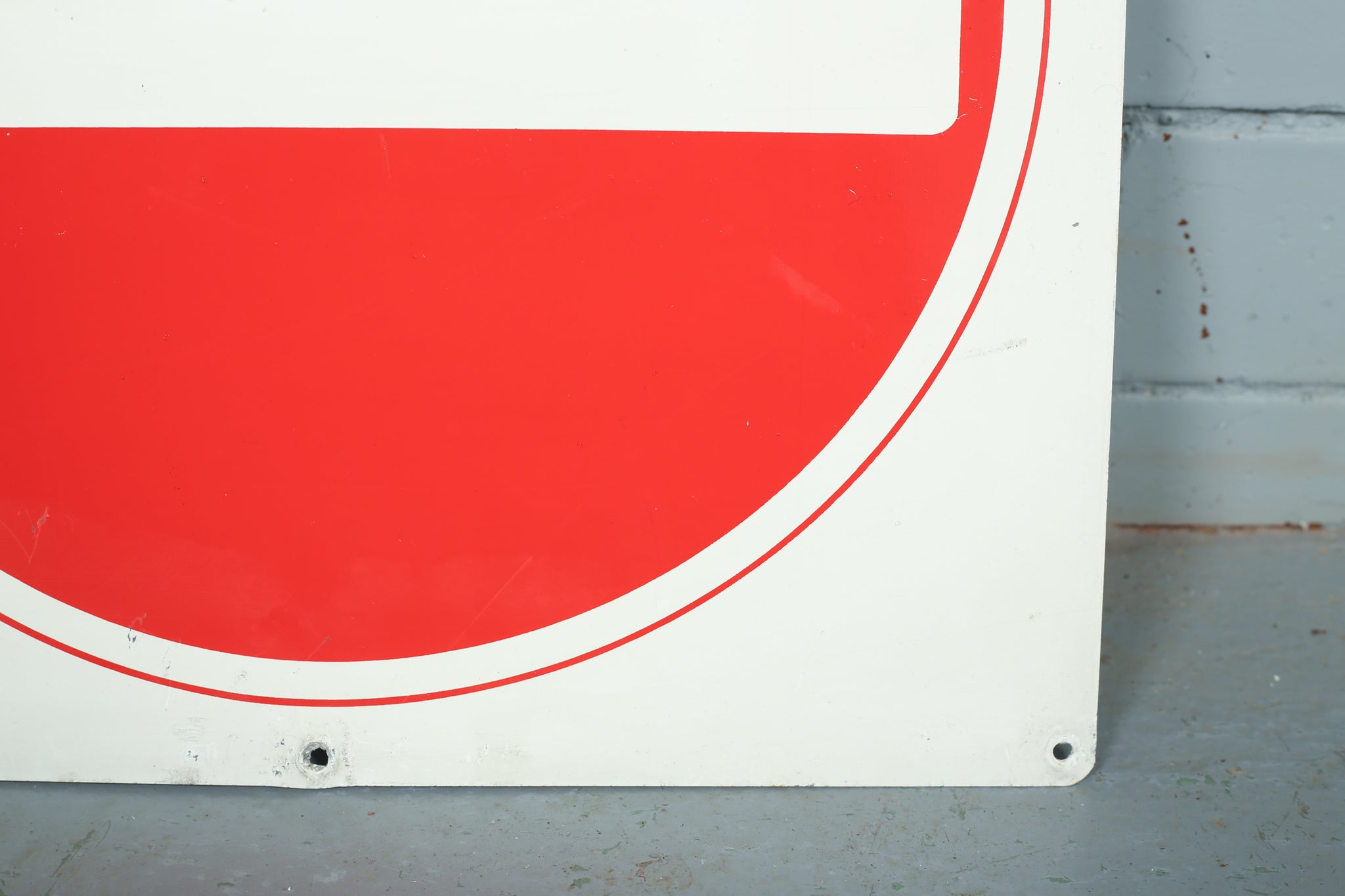 Enamel stop signs