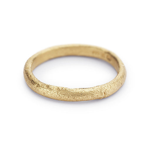 Ladies 14ct yellow gold wedding band from Ruth Tomlinson