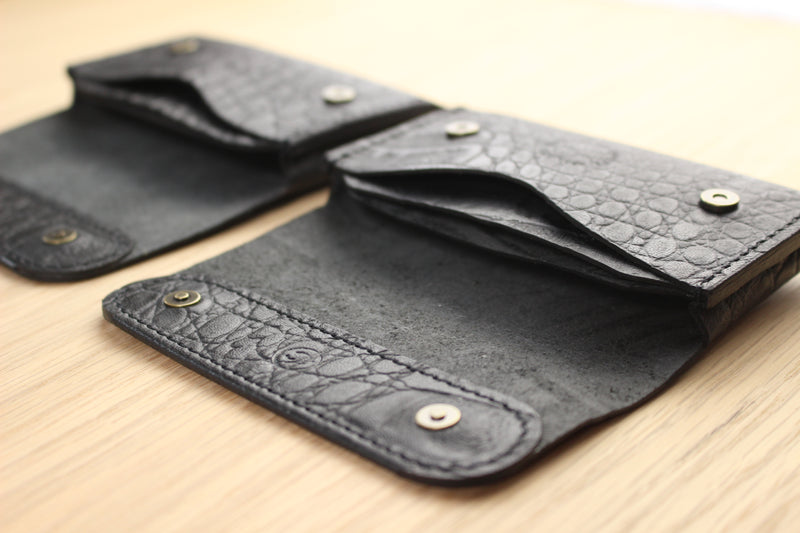 LIMITED - Stadium Wallet in textured black kangaroo leather