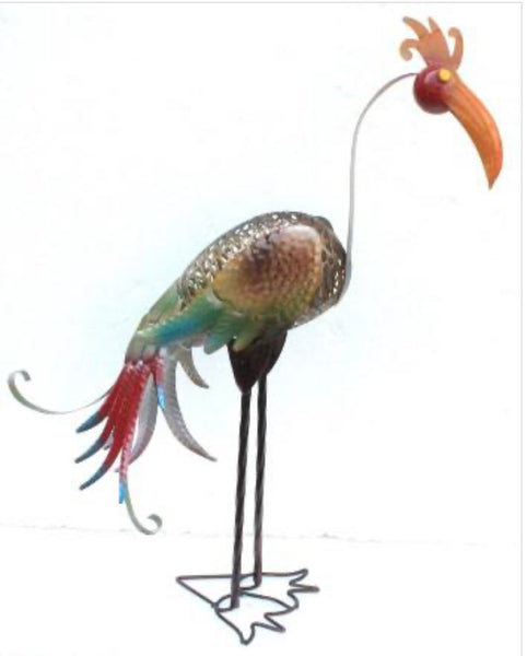 Fun and cooky metal bird - great to add character to any house or garden.   Dimenions : 16cm x 50 cm 61 cm