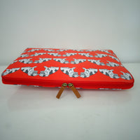 Beautiful Laptop  protective Case with red pug patterns. Fantastic for the pug lover or  just great to keep your laptop protected.  Dimensions: 38 x 38 x 2.5cm side case view