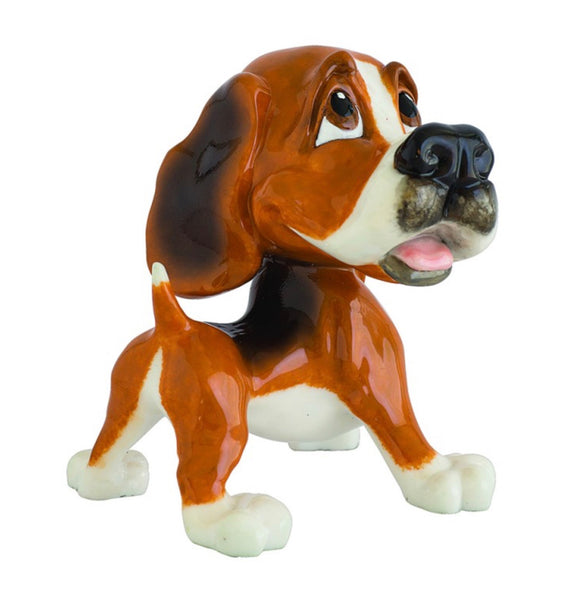 Little Paws - Baxter the Beagle figurine. Made from ceramistone.