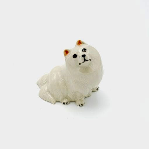 The beautiful ceramic Japanese Spitz are Fantastic gift for the Spitz lover.  As our ceramic animals are handcrafted and handpainted, size, colour and markings may vary.  This ceramic collectable figurine measures approx 6cm x 3.7cm x 4.8cm high.  Made in Thailand.