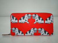 Beautiful and fun wallets , Great for the dog lover - available in Dachshund or Pug design. Dimensions 19 cm x 10 cm x 2 cm Red Pug