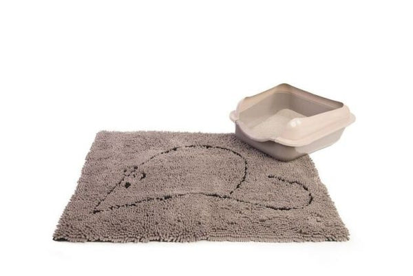 Grey Cat Litter Mat with Kitty litter tray in corner