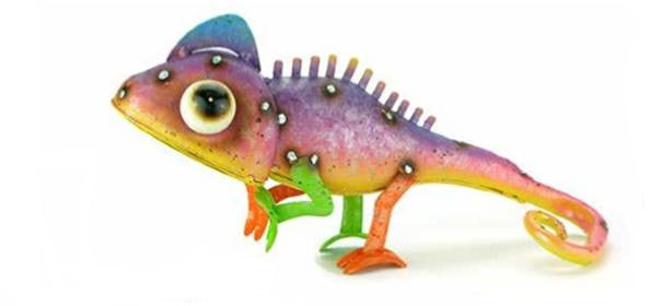 Bright and vibrant  Lizard 25cm L x 5cm W 11cm H.