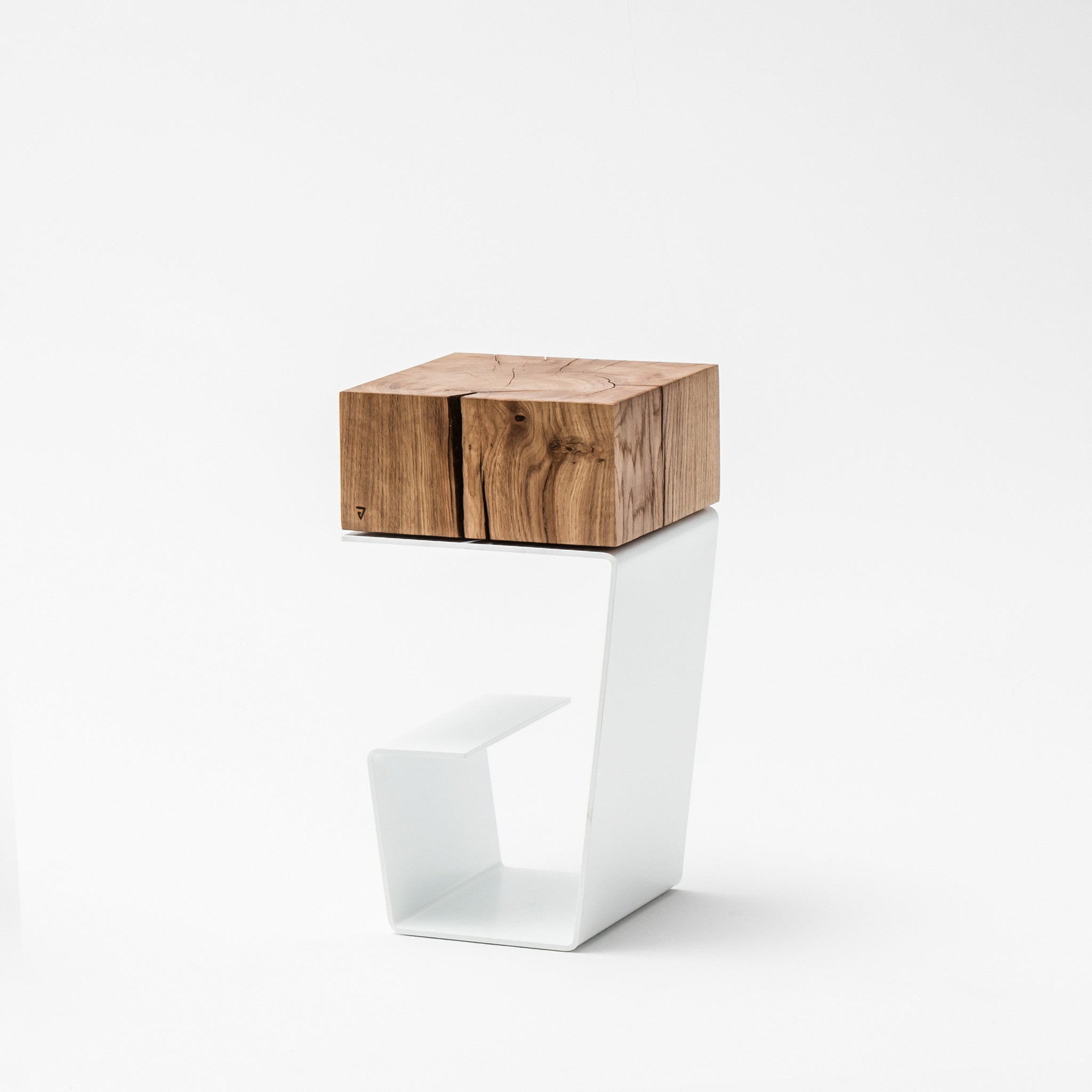 THE WHITE LINE Side Table