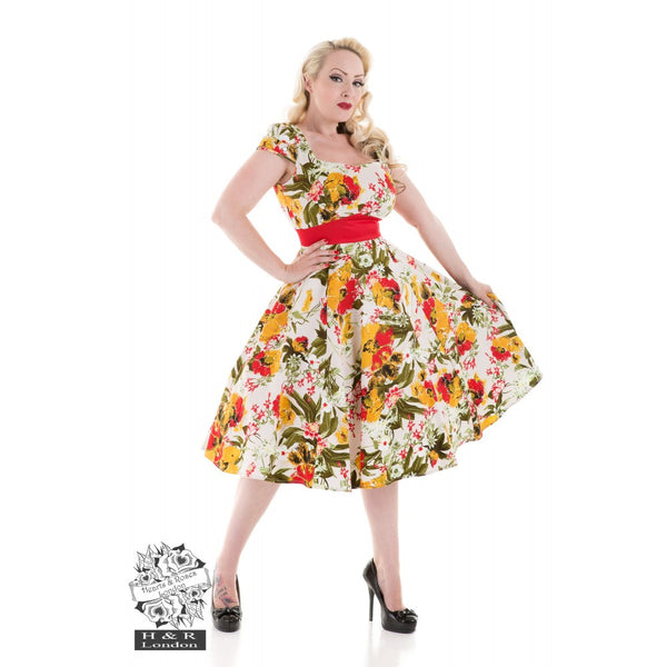 Pinup on a budget - Featuring Collectif, Banned Apparel and Heart & Roses