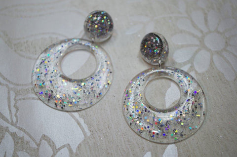 Clip on's Silver Glitz – Large Hoop Earrings