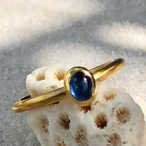 The Philippe Spencer Sapphire & 20K Gold Ring 3.066