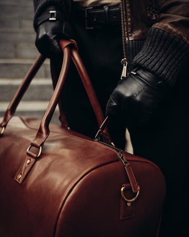 Buying Leather Holdall in UK