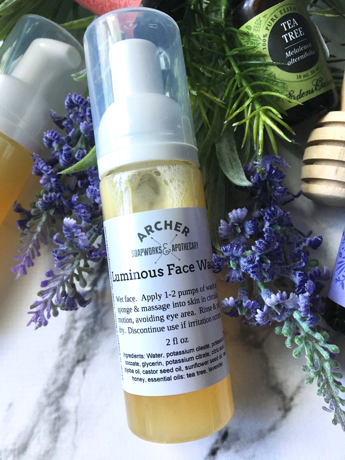 Luminous Foaming Face Wash