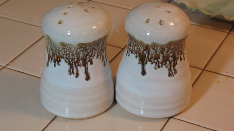 Salt and Pepper Shakers in Espresso Mint