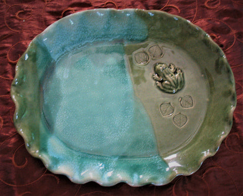 Oval Plate with Frog in Emerald Isle Green Glaze