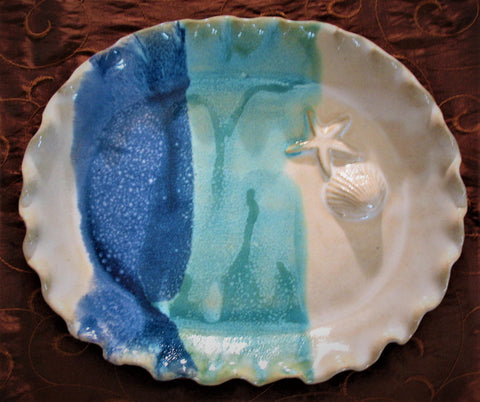 Oval Plate with Shell and Starfish in Ocean Breeze Glaze