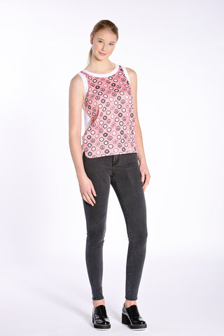 Daisy Chain Sleeveless Pullover