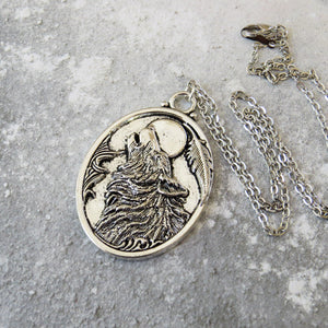 Dracula Howling Wolf Necklace - Gothic Literature Collection - Literary Emporium