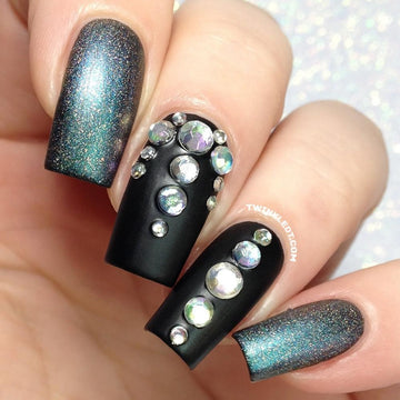 Multisized Holo Silver Stud Wheel