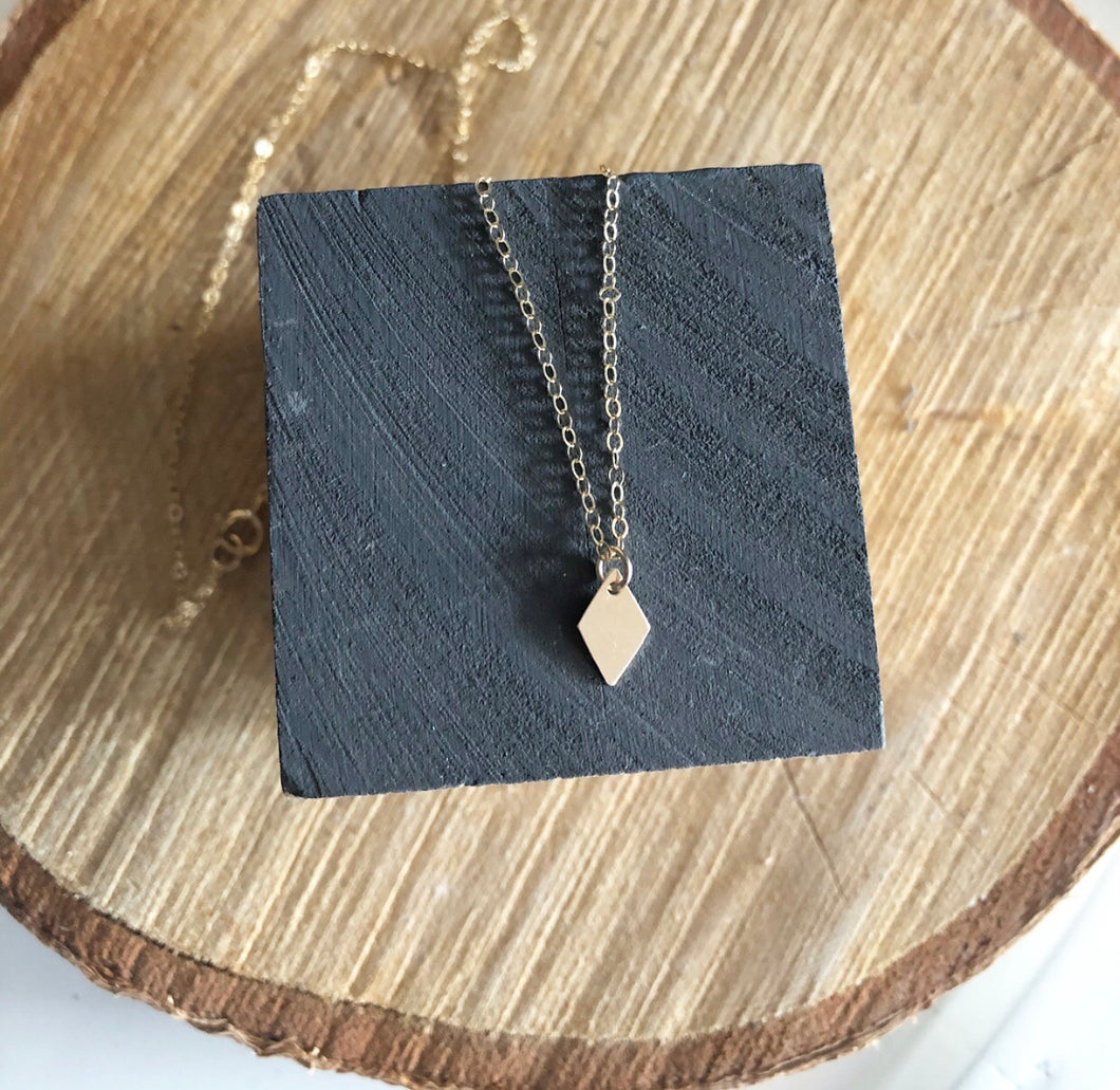 Milla Minimalist Diamond Necklace