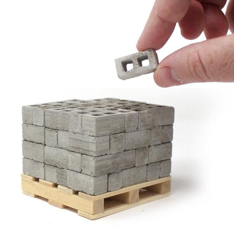 1:18 Scale Miniature Cinder Block 72pack on Pallet